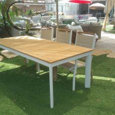 שולחן 220-320 אלומיניום ועץ טיק + 6 כיסאות תואמים ידיות עץ 0550