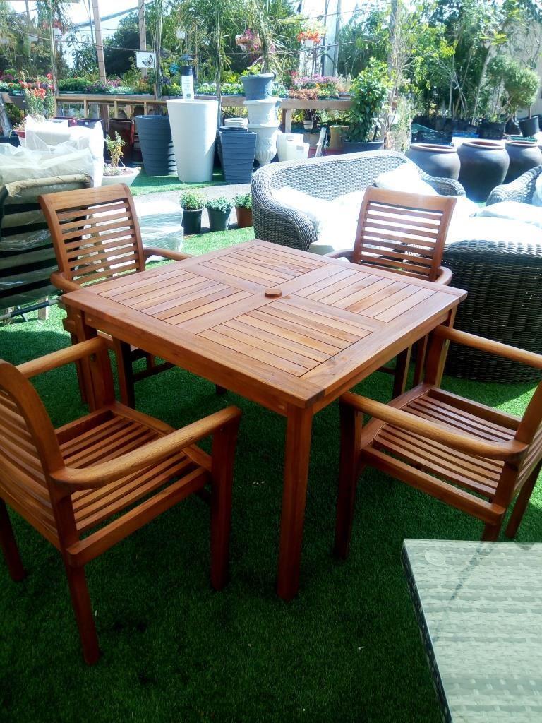 שולחן מרובע מעץ טיק דגם Napoli 0535